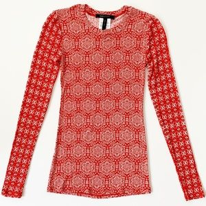 BCBGMaxAzria Red + White Stretchy Long Sleeve Top